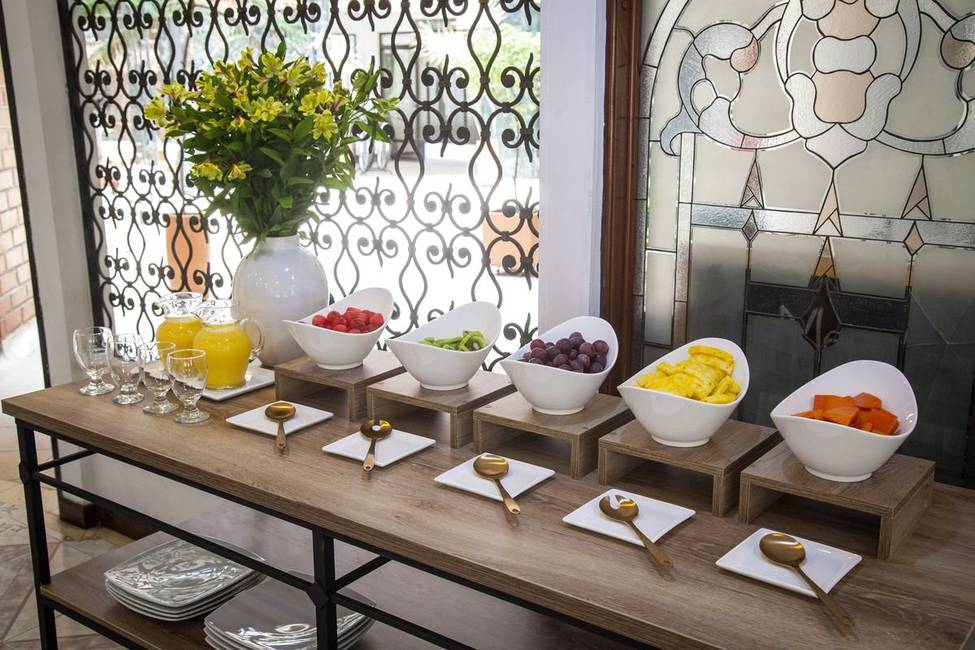 Buffet breakfast casa laureles hotel medellin